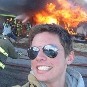 funny-selfie-fireman-FB